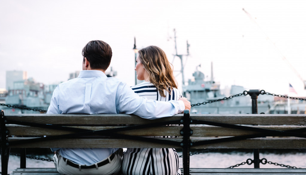 Horoskop za 20. april: Posao i ljubav se prepliću, spojite lepo i korisno!