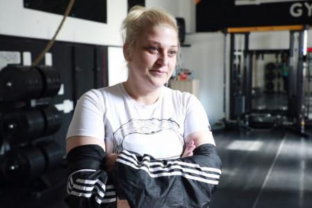 Išli smo u teretanu sa Natašom Aksentijević da proverimo kako joj ide mršavljenje:I mi žene od sto kila možemo da treniramo (video)