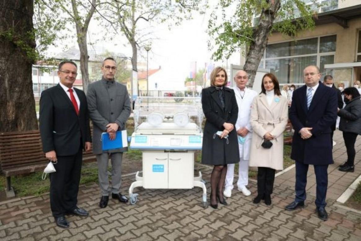 Unicef isporučio inkubator Institutu za zdravstvenu zaštitu dece i omladine Vojvodine