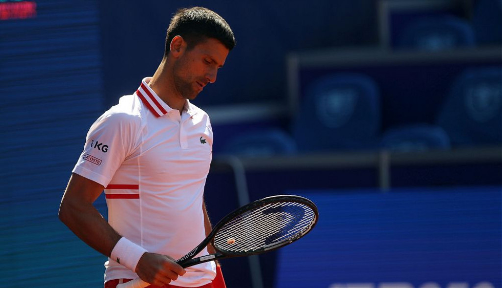 Najslađi snimak koji ćete videti danas: Mali Stefan Đoković žustro bodri oca Novaka na turniru! (video)