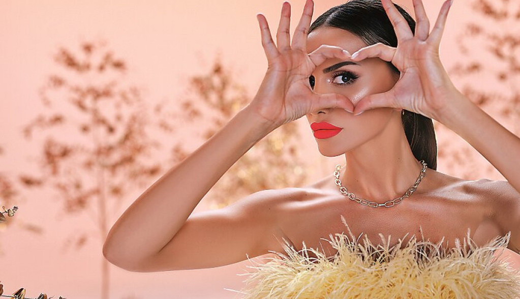 Emina Jahović: Titula šoubiznis zvezde je iza mene