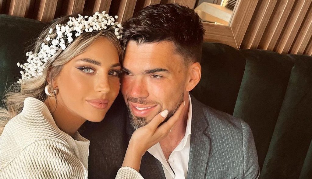 Udala se najlepša srpska manekenka u poodmakloj trudnoći! Pogledajte fotografije sa romantičnog venčanja Ive Bataković! (foto)