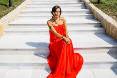 LUKSUZ NA KOSMAJU: Zavirite u NOVI dom Elene Karaman vredan MILION EVRA (FOTO)