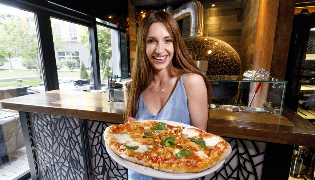 Vegeterijanska pica na način Anje Mit: Morate isprobati!  (VIDEO)