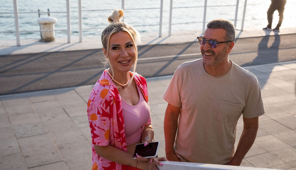 Prvo pojavljivanje posle preljube: Đole i Vesna Đogani naizgled srećni, ali jedan detalj otkriva da nije sve kao što izgleda (FOTO)