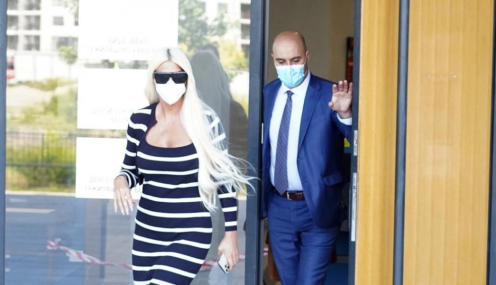 Diva ponovo zapanjila na sudu: Ovim postupkom mnoge navela da se zapitaju samo jedno?