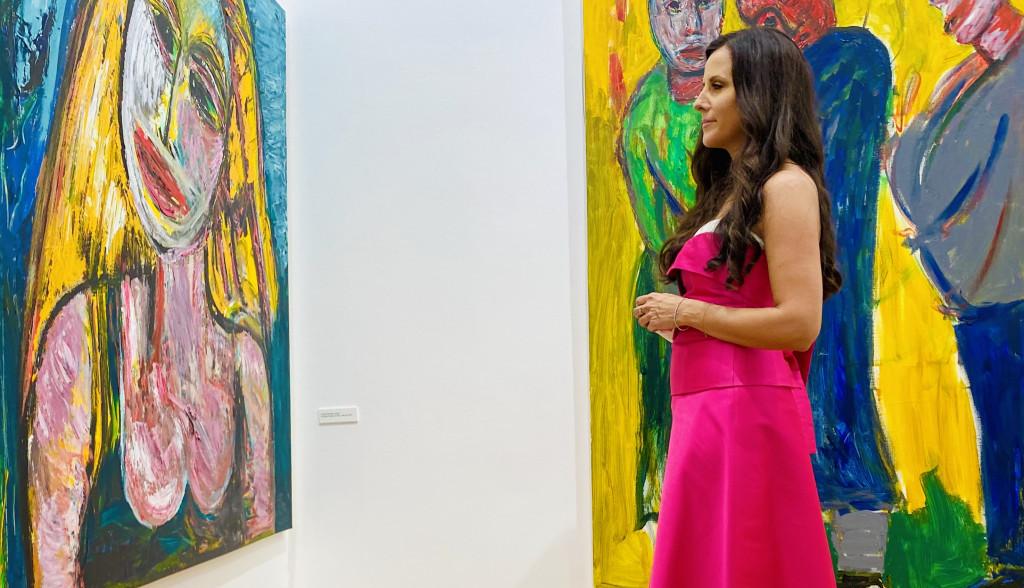 Prva dama Srbije Tamara Vučić oduševila stilom na izložbi u Parizu (FOTO)