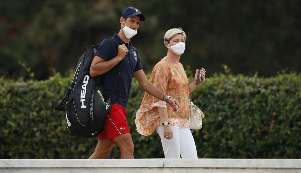 Ko je misteriozna žena od koje se Novak i Jelena ne odvajaju? (FOTO)
