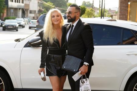 Srpski Bond i njegova devojka: Nikolina i Saša Kapor promenili imidž i ukrali pažnju prisutnih (FOTO)