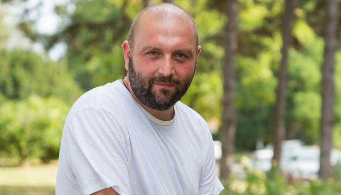 Vlada Kecić: Sa psorijazom se teško živi