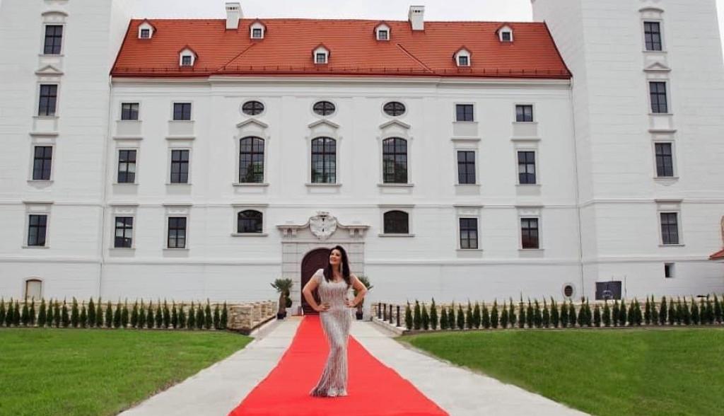 Zavirite u zamak Dragane Mirković: U luksuznom domu, jedan kutak ima neprocenjivu vrednost (FOTO)