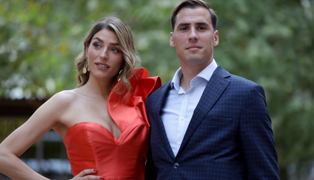 Prvo javno pojavljivanje Anđele Jovanović i Mihaila Dudaša! Svi su gledali u njih iz JEDNOG razloga (FOTO)