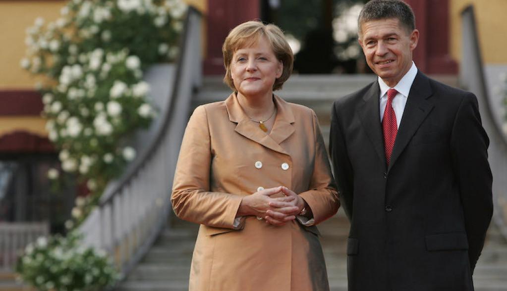 """OTKRIVAMO: Ko je muž Angele Merkel i zašto ga zovu """"Fantom iz opere"""" ?"""