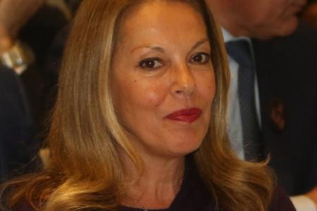 Godine joj ništa ne mogu: Ružica Đinđić posle dugo vremena u javnosti, svi komentarišu JEDNU STVAR (FOTO)