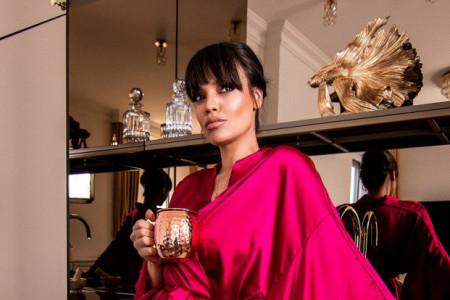 Sve pršti od luksuza: Pogledajte u kakvoj raskoši živi Sofija Rajović! Zlatni detalji će vas oduševiti (FOTO)