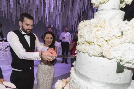 Najglamuroznija svadba sa najviše poznatih gostiju! Zavirite u privatni album sa venčanja Aleksandre i Filipa Živojinovića (FOTO)