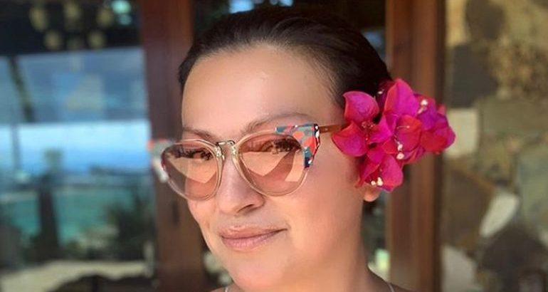 SMRZNUĆETE SE OD OVIH PRIZORA: Nina je podelila NEODOLJIVE slike Devičanskih ostrva, a pogled na jahtu Meljničenkovih ODUZIMA DAH! (foto)