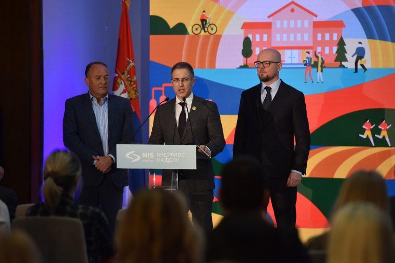 ministar stefanović