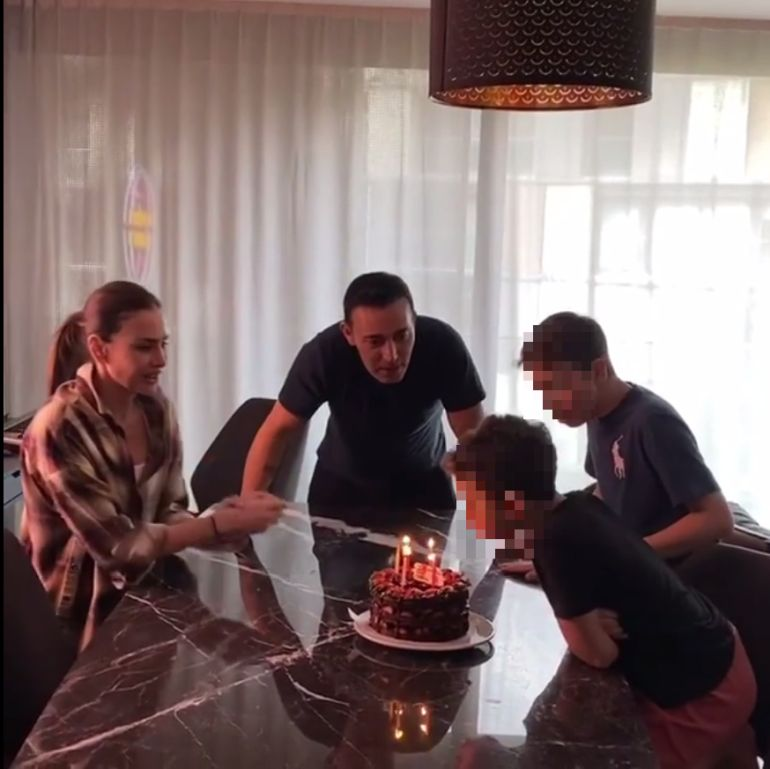 emina jahovic rođendan mlađeg sina