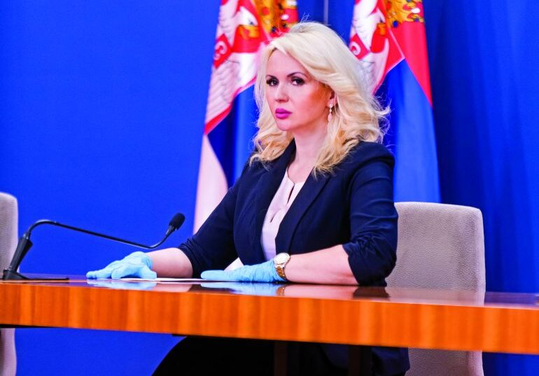 Darija Kisić o neprimerenim komentarima: Da li je čista kosa zaista retkost?